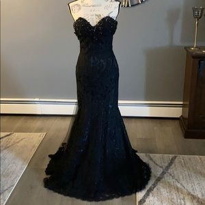 MacDuggal black dress Size 2